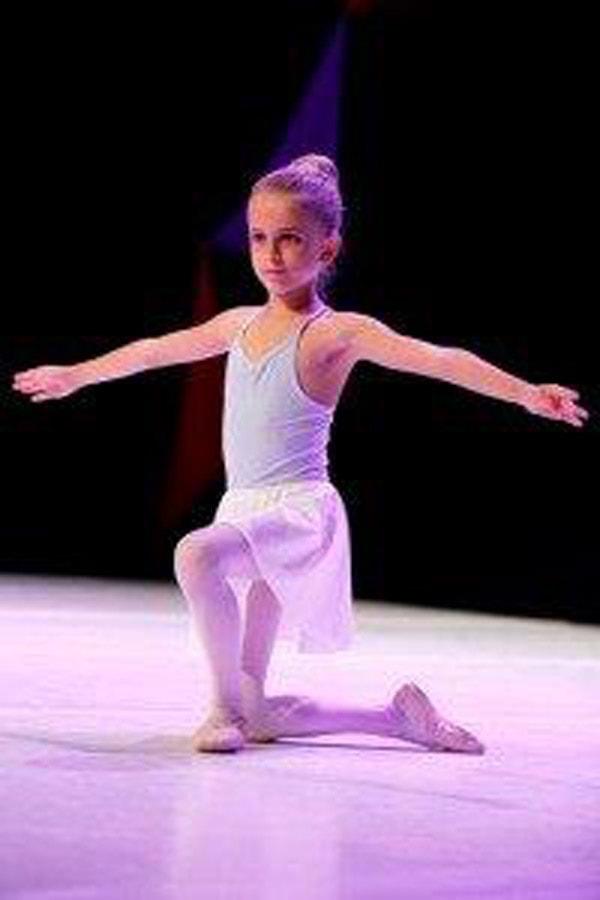 MG_0331-200x300_balet_4razred_TRAK-min
